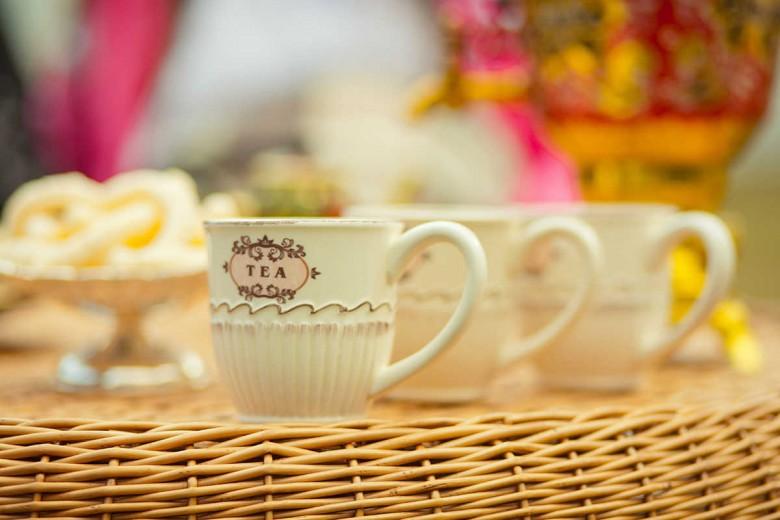 Zašto je dobro piti čaj i u letnjim mesecima